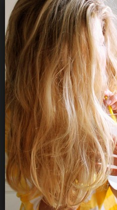 "<img src=""http://www.thenextrex.com/wp-content/uploads/2015/04/Hairs-Benefits-Of-Lemon.jpg"" alt=""Hairs - Benefits Of Lemon"">"