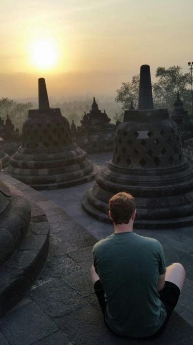"<img src=""http://www.thenextrex.com/wp-content/uploads/2015/04/Mark-Zuckerberg-in-Borobudur-Temple-Internet.org-launched-in-Facebook-Crazed-Indonesia.jpg"" alt=""Mark Zuckerberg in Borobudur Temple - Internet.org launched in Facebook Crazed Indonesia"">"