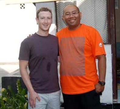 "<img src=""http://www.thenextrex.com/wp-content/uploads/2015/04/Mark-Zuckerberg-in-Cyber-Kampung-indonesia-Internet.org-launched-in-Facebook-Crazed-Indonesia-e1429289198196.jpg"" alt=""Mark-Zuckerberg-in-Cyber-Kampung-indonesia-Internet.org-launched-in-Facebook-Crazed-Indonesia-"">"