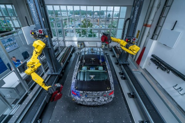 BMW using faster robotic optical scanner  in the manufacturing process