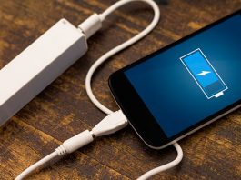things that damage your phone battery life